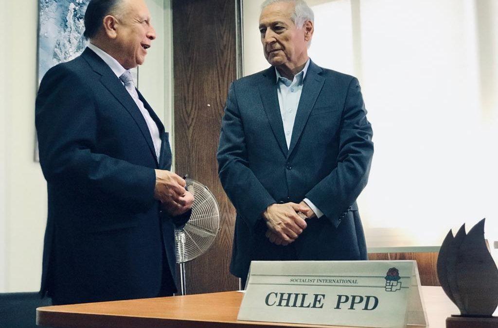 Presidente del PPD recalca incremento de nuevos militantes al sumar a destacado académico