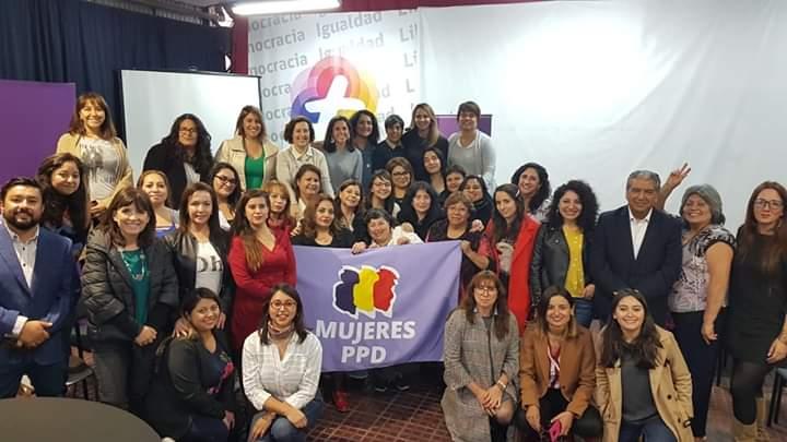 Exitoso tercer feminario congregó a dirigentas y mujeres de todo el país