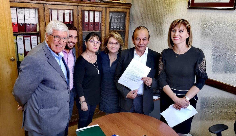 Bancada PPD presentó reforma constitucional para que se convoque a la ciudadanía a un plebiscito vinculante