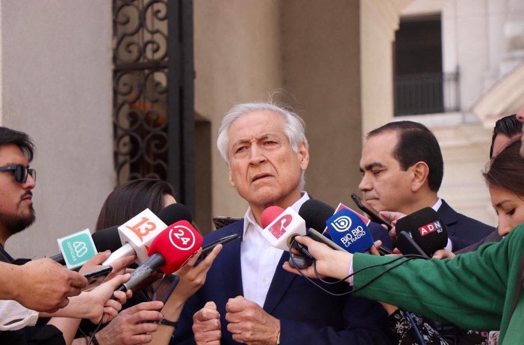 """Heraldo Muñoz: """"Nueva Constitución no puede definirse en el actual Congreso"""""""