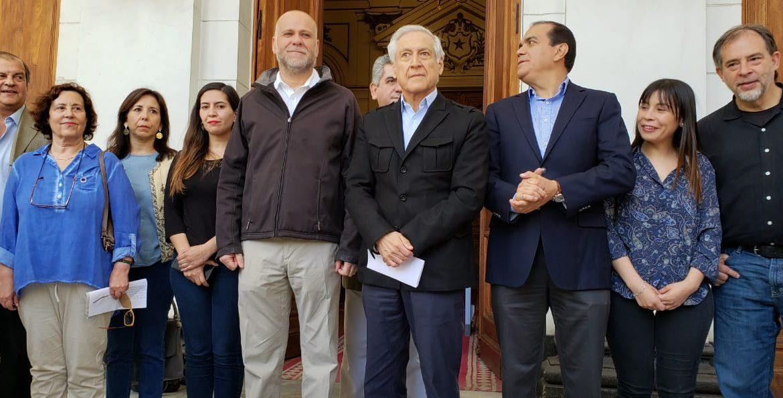 """Convergencia Progresista califica de """"mezquina"""" agenda social del Gobierno y exige plebiscito para nueva Constitución"""