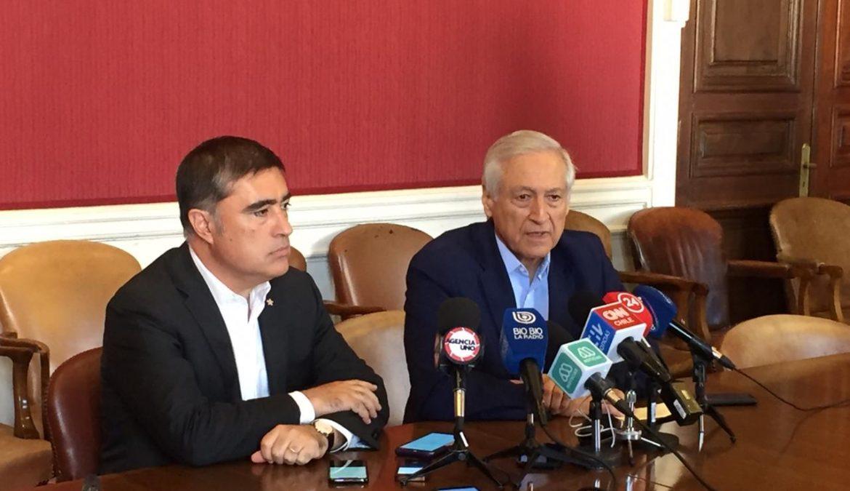 Heraldo Muñoz y Mario Desbordes abogan por el diálogo para llegar a acuerdos ante demanda ciudadana