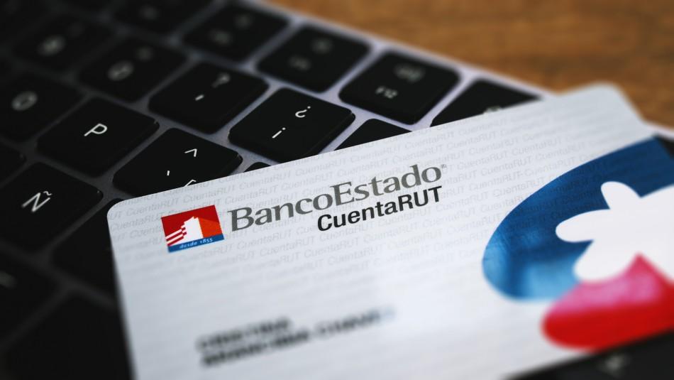 """Presidente PPD critica recambio de tarjetas de Banco Estado: """"Es una torpeza criminal"""""""